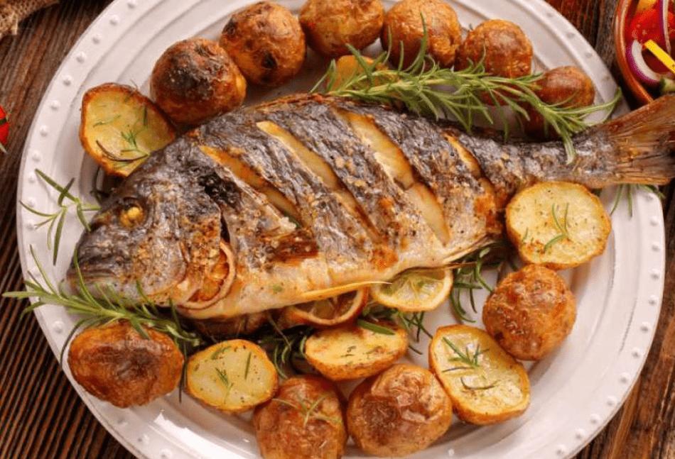 Употребление в пищу рыбы три раза в неделю значительно снижает риск заболевания раком