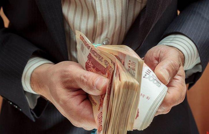 Какая зарплата в России у учителей?