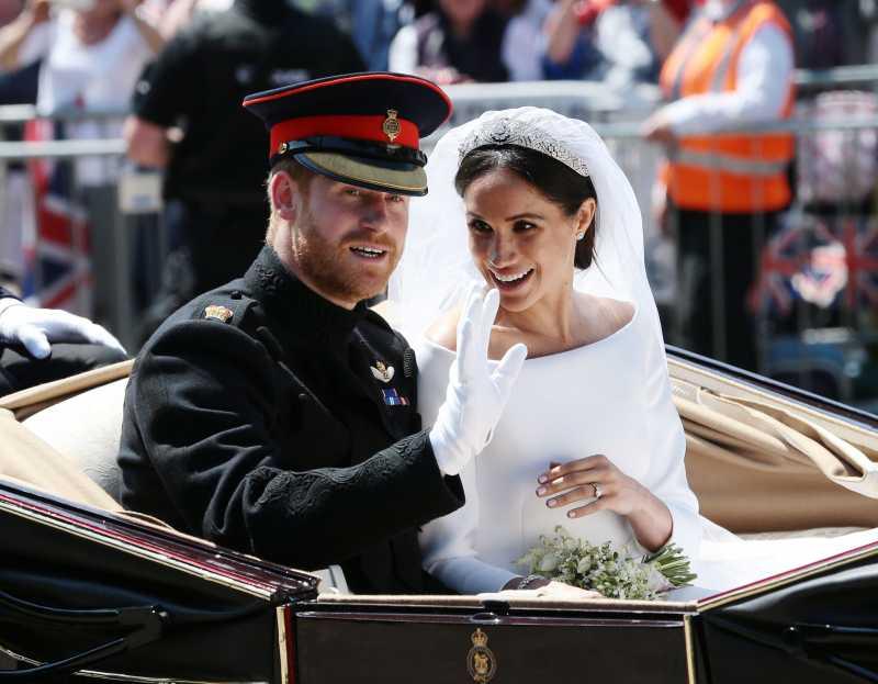 Активисты хотят, чтобы Гарри и Меган вернули Британии
